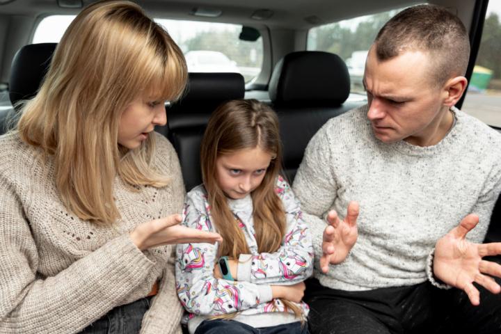 Бессознательное использование детей родителями