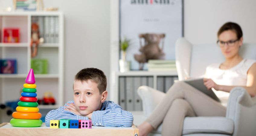 Психолог выявляет причины использования детей их родителями